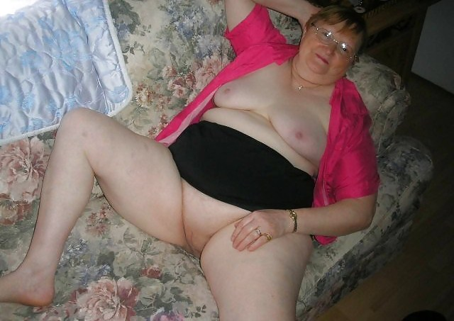 image Old fat granny showing her down tits