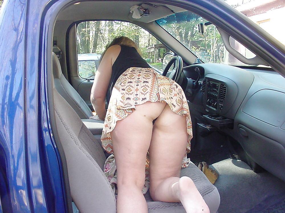 Spying my mom through window caught her masturbating 3