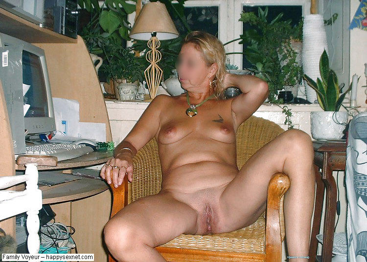 Pictures of hot moms stolen by bad sons !!