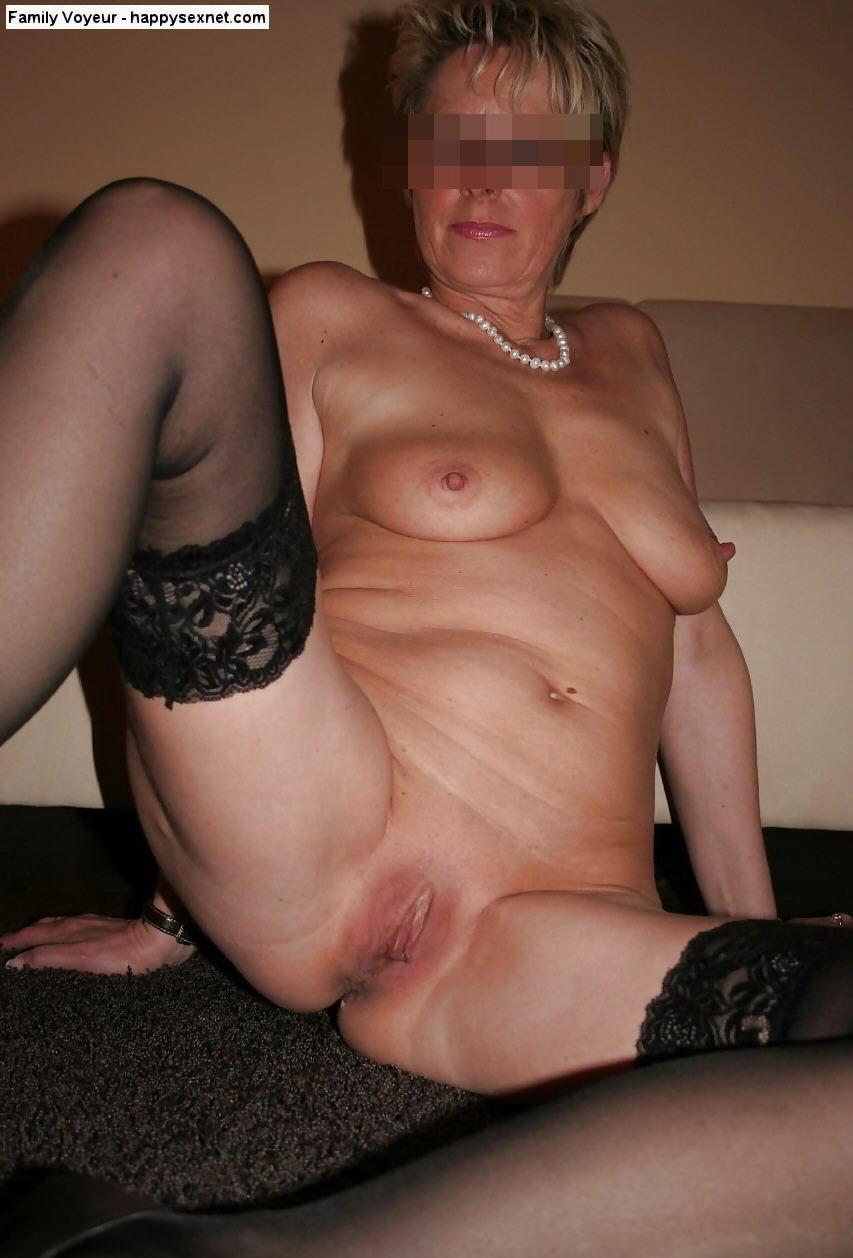 mom naked photos stolen
